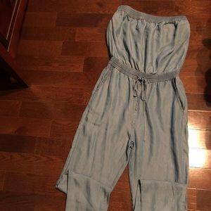Pants - Trendy bluejean-like strapless romper!